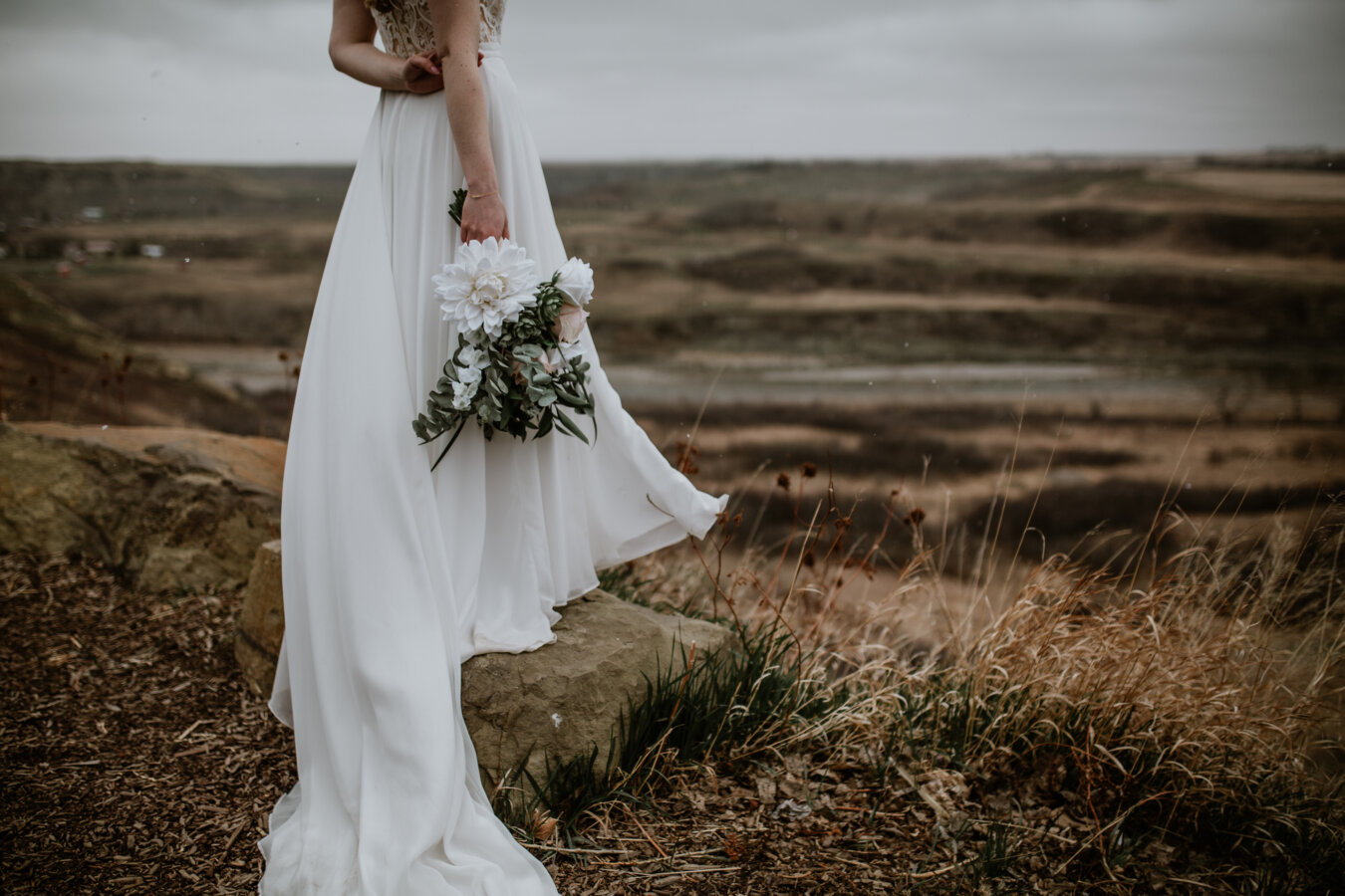 Saskatoon Farm Wedding | Best Calgary Wedding Photographers | Farm Weddings | Calgary Photography | Alberta Wedding Photos