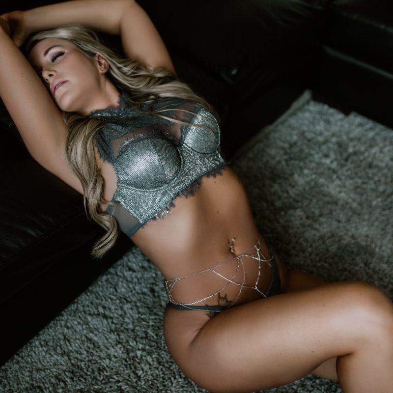 Sarah Hungar Calgary Boudoir Photography | ABBA Fitness Model in Victoria Secret Lingerie | Anita Jeanine Photography