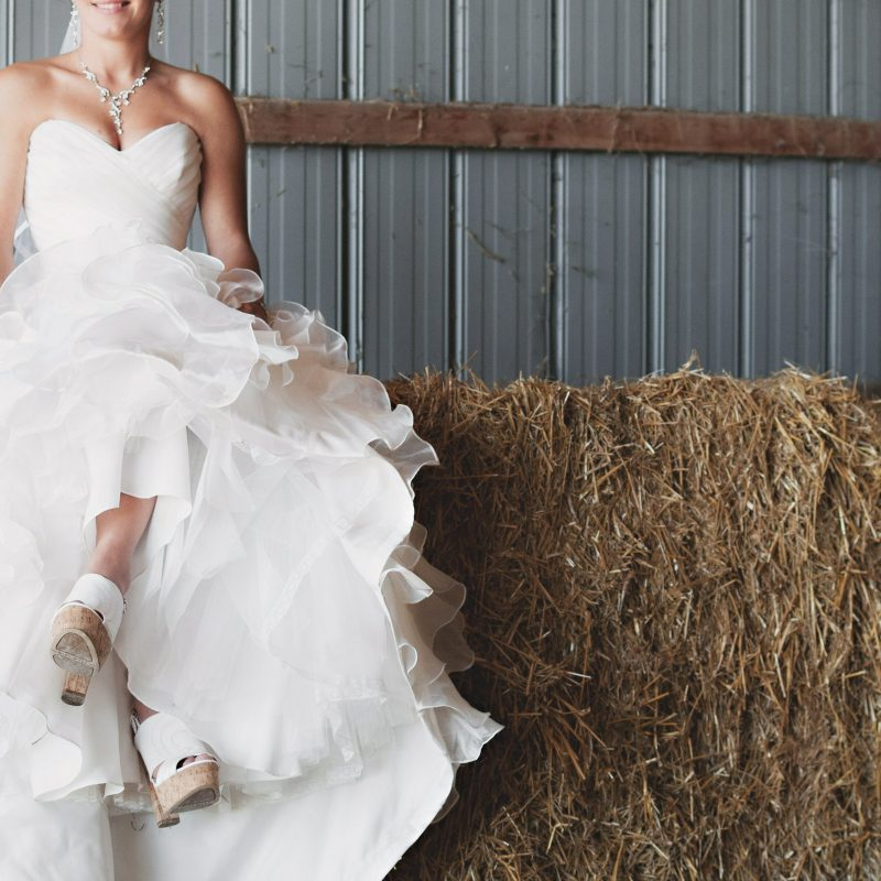 What to Pack in Your Wedding Emergency Survival Kit
