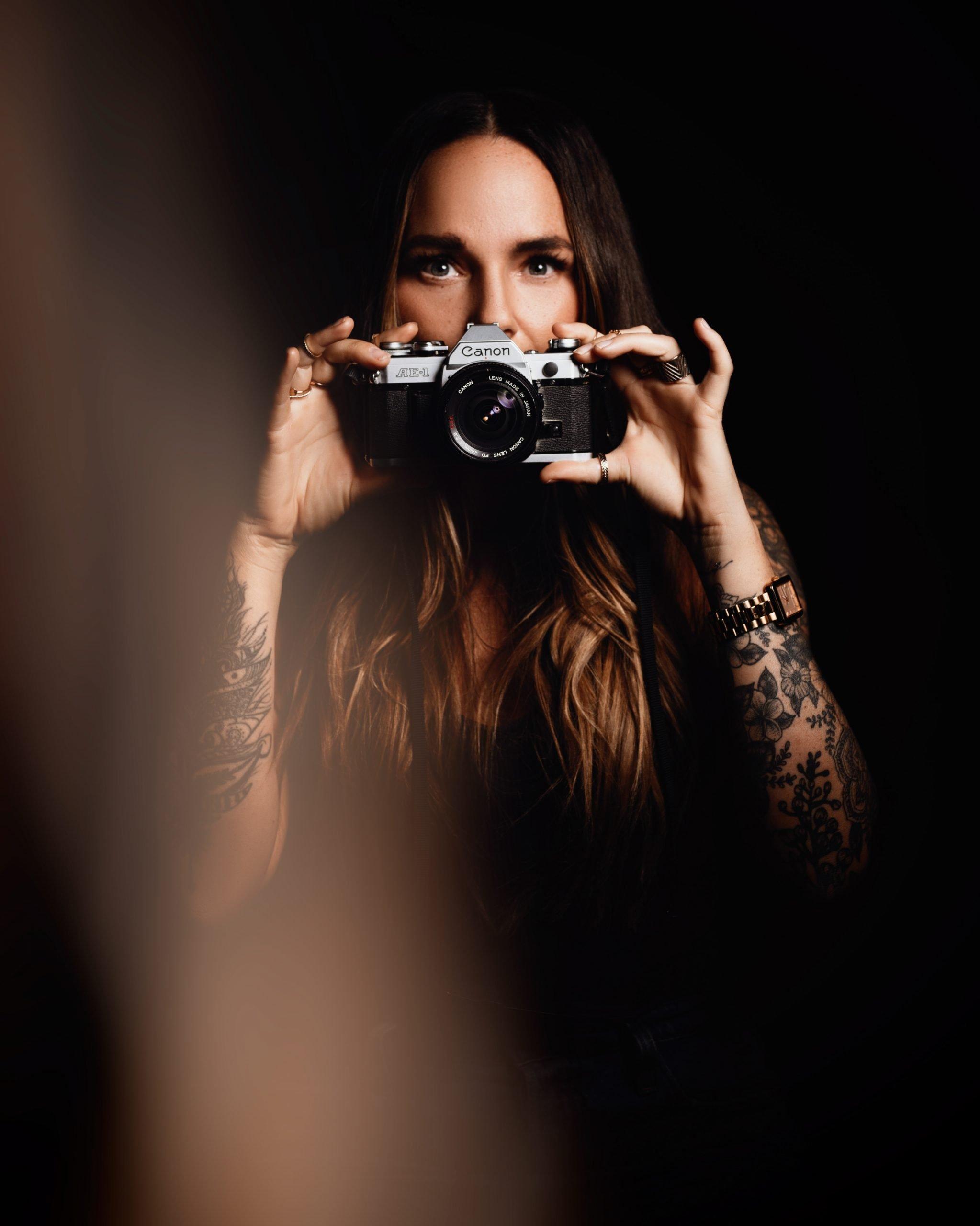 Dana Cole | Calgary Instagram Portraits | Anita Jeanine Photography